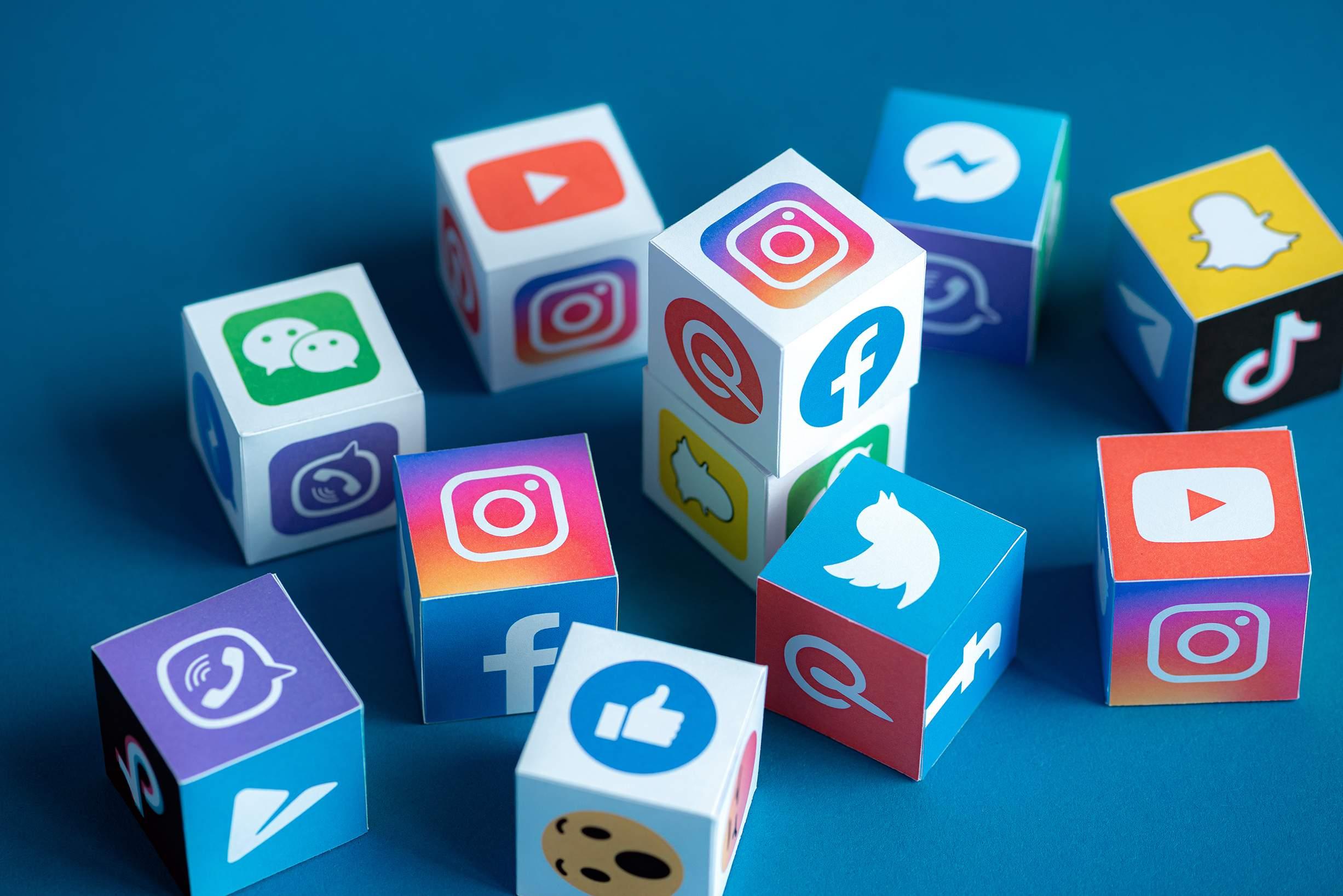 Austin-Macauley-Social-Media
